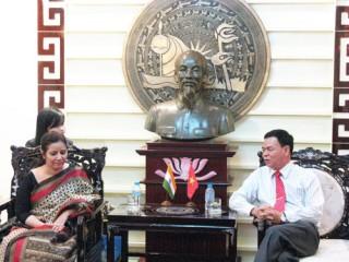 Tổng lãnh sự Ấn Độ thăm và làm việc tại Bến Tre