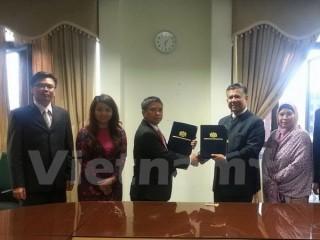 Việt Nam-Malaysia đàm phán về Bản ghi nhớ tuyển dụng lao động