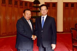 Thủ tướng Nguyễn Tấn Dũng tiếp Phó Chủ tịch nước CHDCND Lào