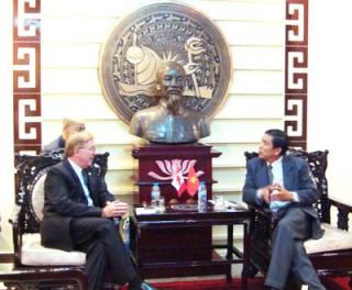 Đại sứ Canada tại Việt Nam gặp gỡ và chào xã giao lãnh đạo tỉnh