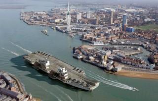 Anh sẽ hạ thủy tàu sân bay lớn nhất trong lịch sử, mua 4 tàu ngầm