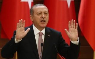 Tổng thống Thổ Nhĩ Kỳ mâu thuẫn với quân đội sau vụ bắn hạ máy bay Nga