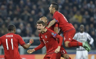 Vòng 1/8 Champions League: Bayern đánh rơi chiến thắng trước Juventus