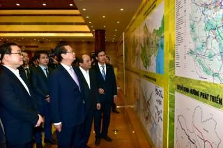 Thủ tướng Nguyễn Tấn Dũng chủ trì Hội nghị về điều chỉnh quy hoạch xây dựng vùng Thủ đô