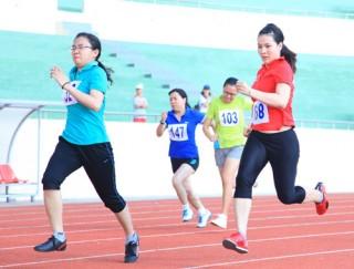 Trên 300 vận động viên của ngành ngân hàng tham gia hội thao