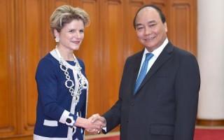 Thủ tướng tiếp Quốc vụ khanh, Chủ nhiệm Ủy ban Nhà nước về Kinh tế, Bộ Kinh tế-Giáo dục-Nghiên cứu Thụy Sỹ