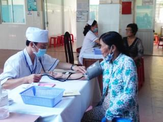 Nhiều nỗ lực trong bảo vệ, chăm sóc sức khỏe người dân