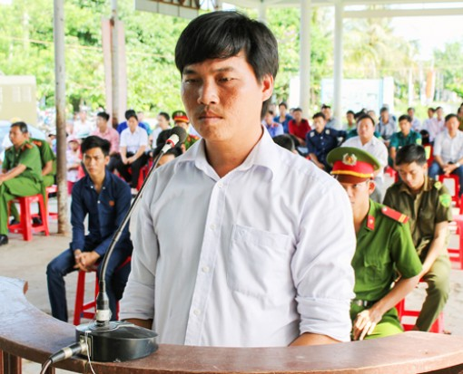 Chống người thi hành công vụ, bị phạt 9 tháng tù giam
