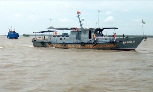 Đấu tranh phòng, chống các loại tội phạm trên biển