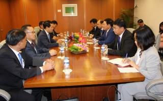 Phó Thủ tướng Phạm Bình Minh tiếp xúc song phương tại AMM 50
