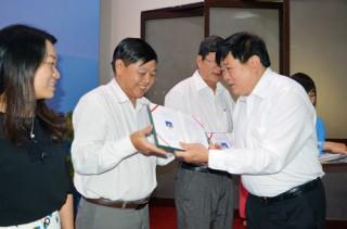220 học viên đã được cấp giấy chứng nhận
