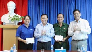 Gặp gỡ đoàn đại biểu dự Đại hội Đoàn và Hội Cựu chiến binh toàn quốc