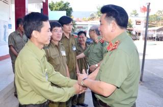 Thứ trưởng Bộ Công an Bùi Văn Thành: Thăm và chúc Tết Công an huyện Châu Thành