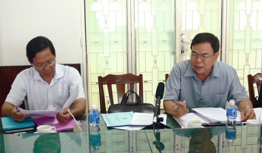 Thường trực Tỉnh ủy làm việc với TP. Bến Tre về công tác chuẩn bị Hội nghị sơ kết giữa nhiệm kỳ 2015-2020