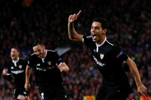 Thua 2 bàn trong 4 phút, M.U bị Sevilla loại khỏi Champions League