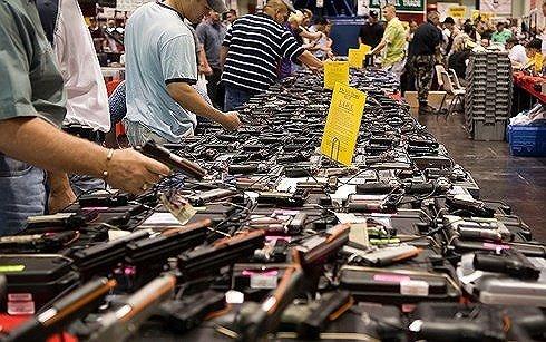 Hạ viện Mỹ thông qua dự luật phòng tránh bạo lực súng đạn học đường