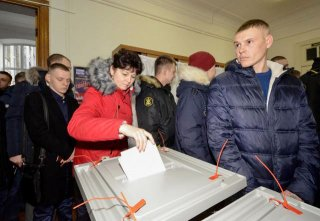 Bầu cử Tổng thống Nga: Cử tri tại Moskva bắt đầu đi bầu tổng thống