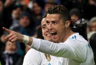Ronaldo lập cú poker, R.M áp sát vị trí nhì bảng