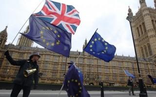 Anh, EU đạt thỏa thuận về chuyển giao hậu Brexit và vấn đề Ireland