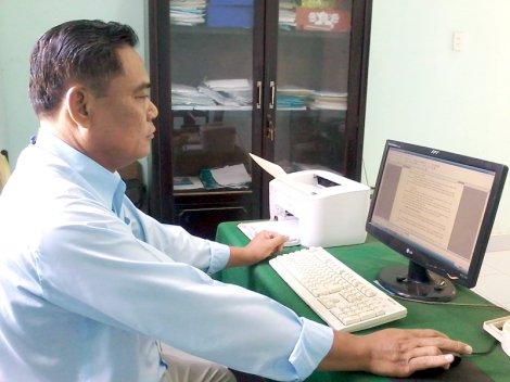 Thầy Nguyễn Văn Bình: Hết lòng vì sự nghiệp trồng người
