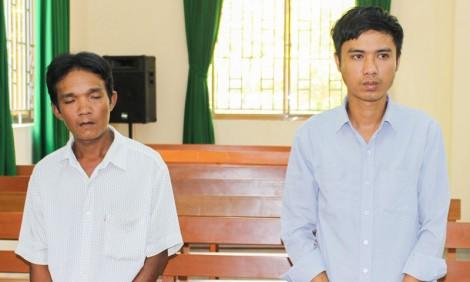 Kẹt tiền nhậu, rủ nhau đi trộm, 2 bị cáo lãnh án 15 tháng tù