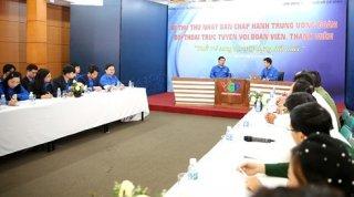 Bí thư thứ nhất TW Đoàn Lê Quốc Phong đối thoại với thanh niên