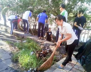 Trần Thị Ngọc Lan: Gương cán bộ môi trường tiêu biểu