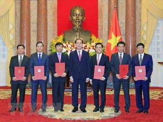 Chủ tịch nước trao Quyết định bổ nhiệm 6 Đại sứ đặc mệnh toàn quyền