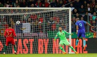 Bồ Đào Nha thảm bại trước Hà Lan