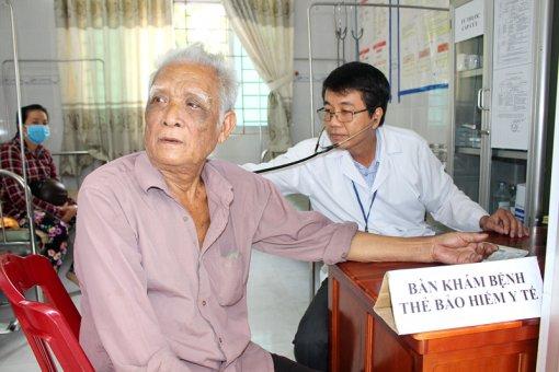 Khám, chữa bệnh ở xã bãi ngang Thạnh Phú Đông