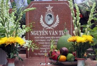 Hài cốt Nguyễn Văn Trỗi được an táng tại Nghĩa trang liệt sĩ TP. Hồ Chí Minh