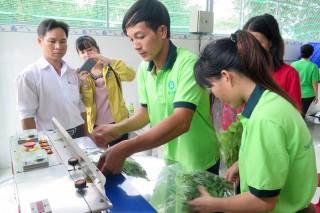 Hỗ trợ sinh kế giúp người dân thoát nghèo bền vững