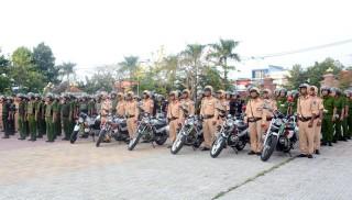 Ra quân cao điểm đảm bảo an toàn giao thông - trật tự xã hội dịp lễ 30-4 và 1-5