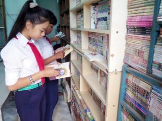 Người thầy đam mê sách