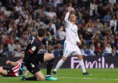 Ronaldo cứu R.M thoát thua trước Bilbao