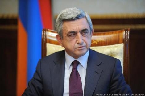 Thủ tướng Armenia tuyên bố từ chức