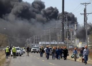 Mỹ: Nổ nhà máy lọc dầu ở Wisconsin, ít nhất 20 người bị thương