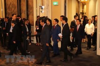 Phó thủ tướng Phạm Bình Minh tham dự APSC 17 và ACC 21