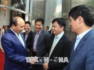 Thủ tướng Nguyễn Xuân Phúc kết thúc tốt đẹp thăm chính thức Singapore và dự Hội nghị Cấp cao ASEAN 32