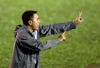 HLV Nguyễn Đức Thắng dẫn dắt FLC Thanh Hóa