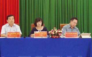Đại biểu Quốc hội tiếp xúc cử tri huyện Chợ Lách và Mỏ Cày Bắc