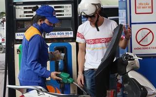 Giá xăng dầu đồng loạt tăng mạnh từ 15 giờ chiều nay