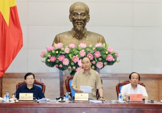 Thủ tướng làm việc với các tỉnh Đồng bằng sông Cửu Long về chống sạt lở