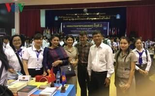 Giao lưu các nhà văn ASEAN và triển lãm sách ASEAN tại Lào