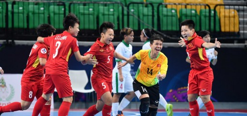Futsal nữ Việt Nam vào bán kết Giải châu Á 2018