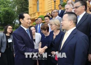 """Chủ tịch nước Trần Đại Quang gặp mặt các nhà khoa học dự Hội thảo """"Khoa học để phát triển"""""""
