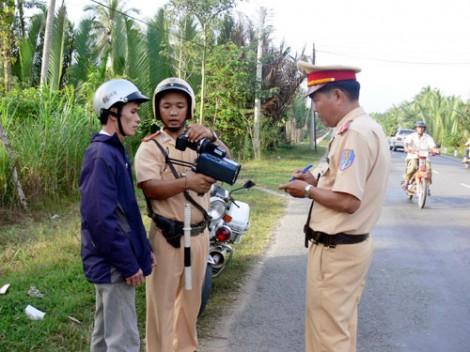 Tuyên truyền và xử lý vi phạm quy định về nồng độ cồn người điều khiển phương tiện