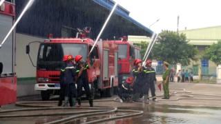 Công ty TNHH Dừa Định Phú Mỹ diễn tập phòng cháy chữa cháy