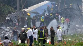 Máy bay Cuba rơi nát vụn khi vừa cất cánh, hơn 100 người thiệt mạng