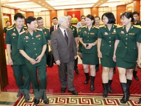 Tổng Bí thư tiếp Đoàn đại biểu Công đoàn Quân đội xuất sắc